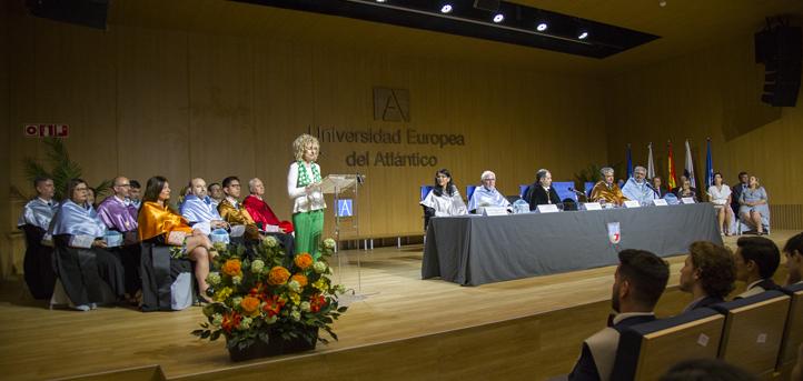 """Eva Díaz Tezanos:""""今天公民可以更自由地融入社会"""""""