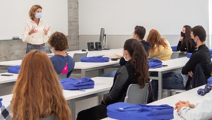优内西洋大学国际关系处欢迎来自不同国家的20多名伊拉斯姆斯交换生